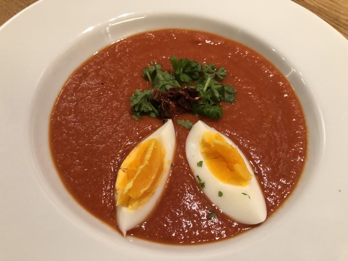 tomatsuppe, tomatsuppe laget fra bunn, hjemmelaget tomatsuppe