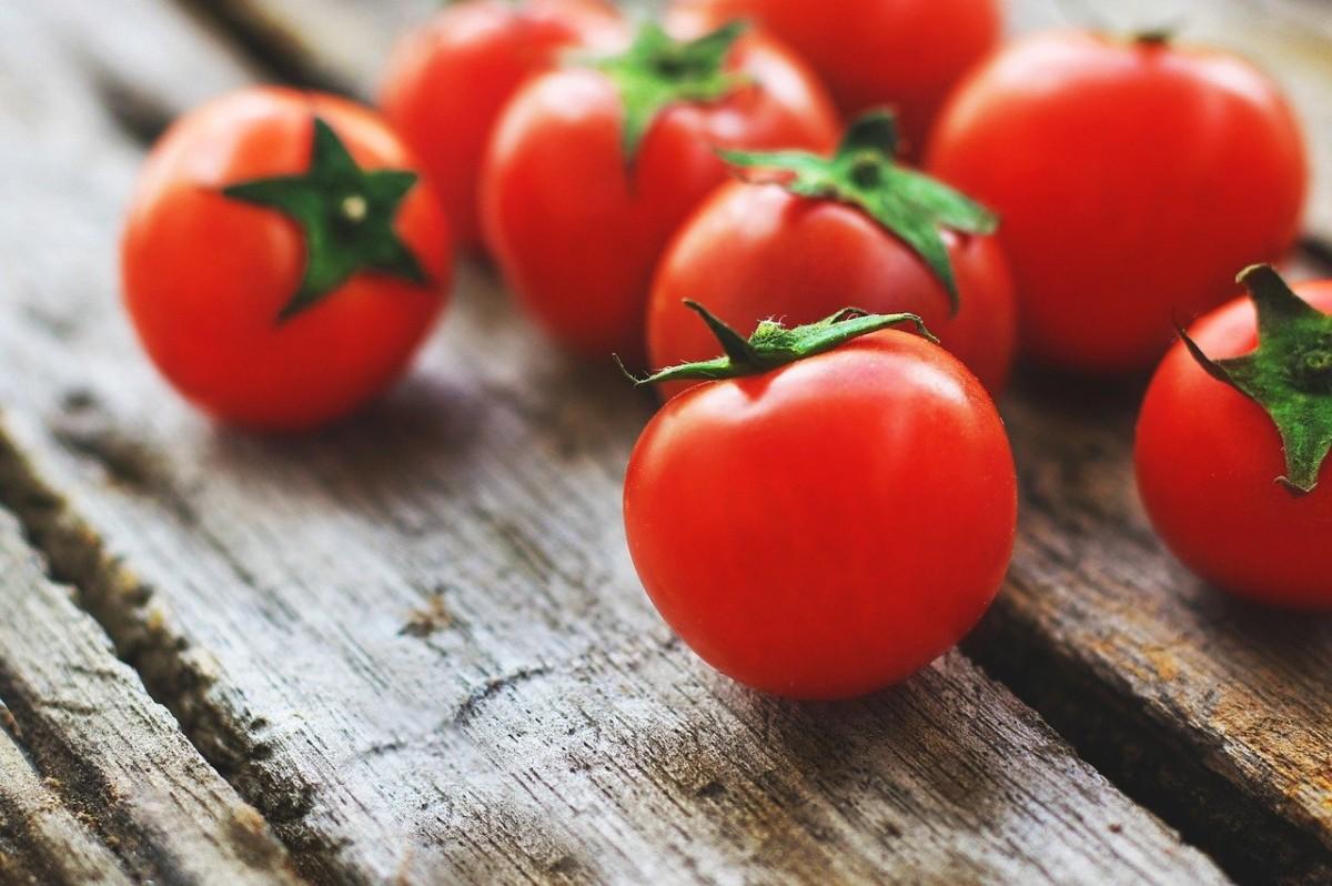tomatsuppe laget fra bunn, hjemmelaget tomatsuppe, tomatsuppe